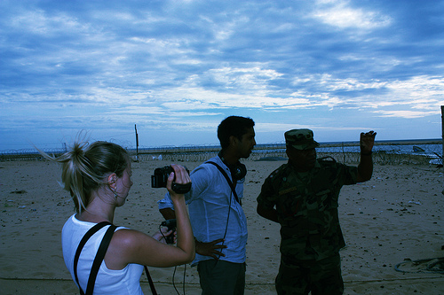Gunaratne and Lindvall interview a military official