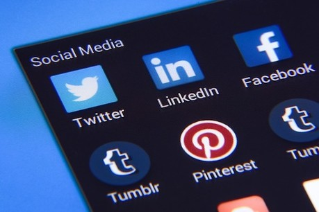 LinkedIn: here is what journalism students need to know